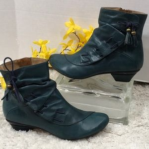 Eric Michael green leather booties